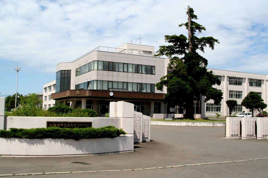 帯広南商業高校の外観画像