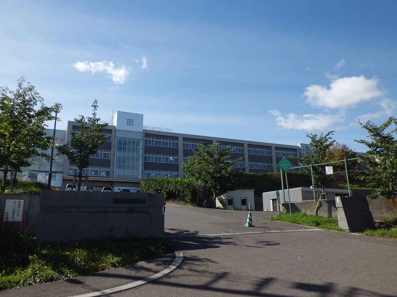 札幌旭丘高校の外観画像