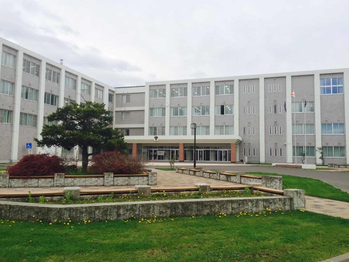 旭川西高校の外観画像
