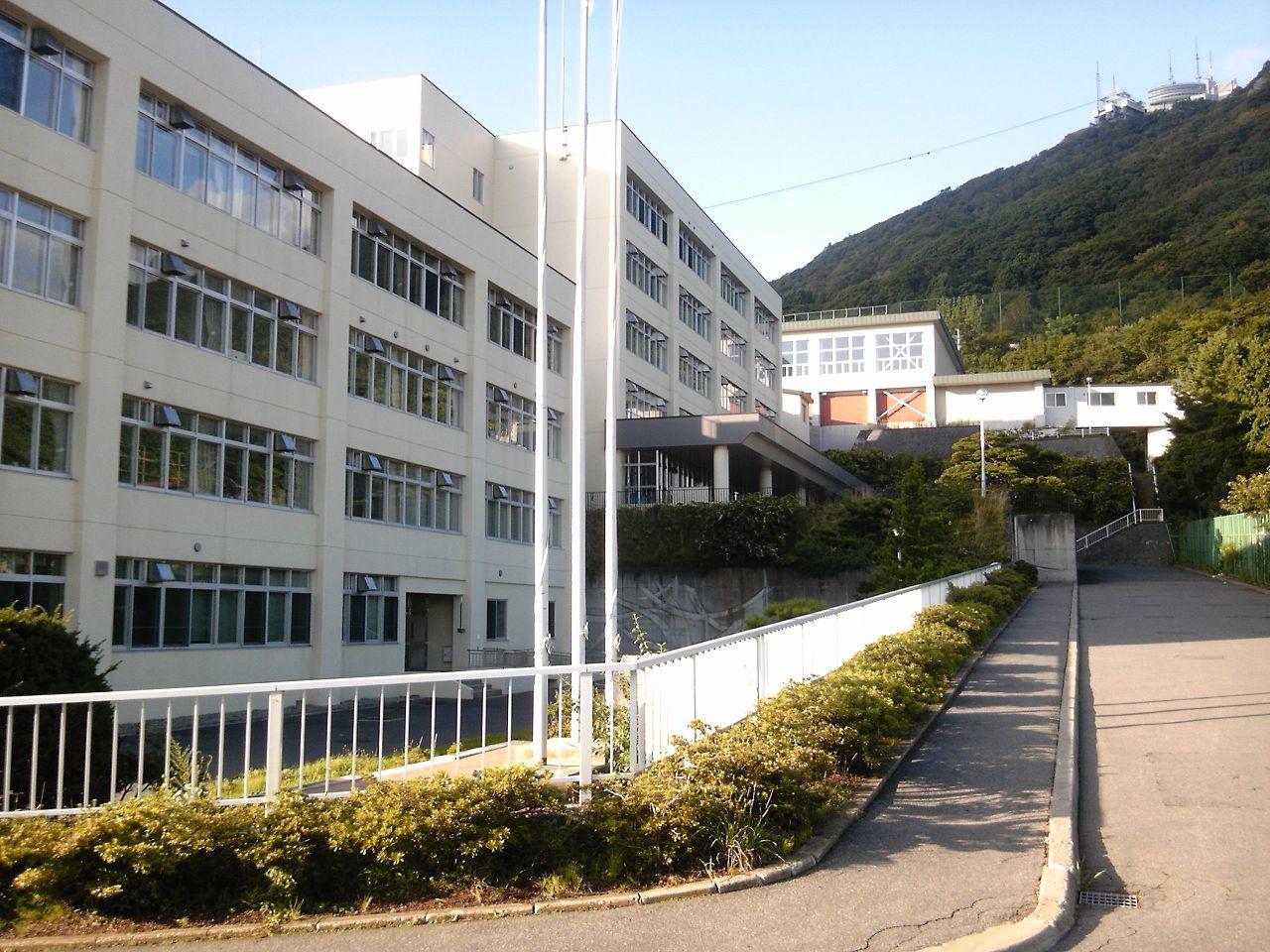 函館西高校の外観画像