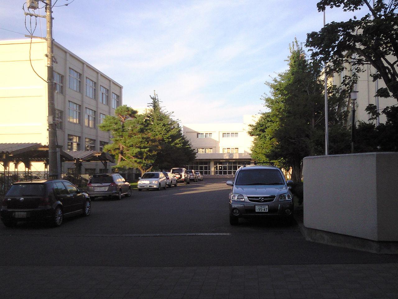 札幌月寒高校の外観画像